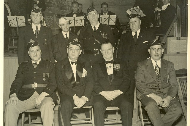 Photo of William Shemin (front row, right) at the Army-Navy Legion of Valor Convention, 1940s