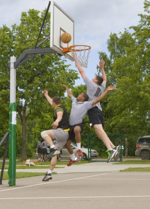 Team Eagle competes in 3 on 3 streetball tournament