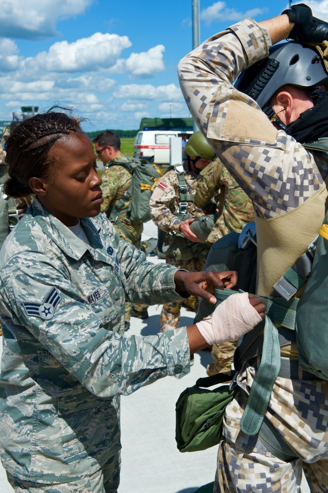 US, Latvian military conduct airborne training in conjunction with Europe-wide exercise