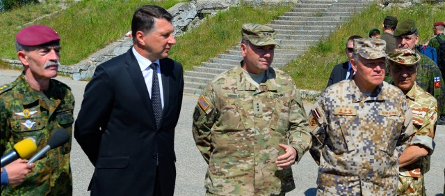 USAREUR CG, dignitaries visit Saber Strike exercise in Latvia
