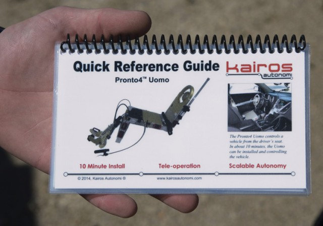 Pronto4™ Uomo Applique' Kit reference quide flip book.