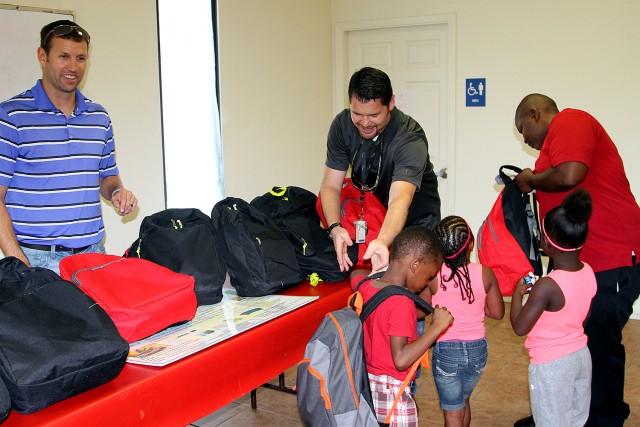 LRC-Hood personnel volunteer in local community