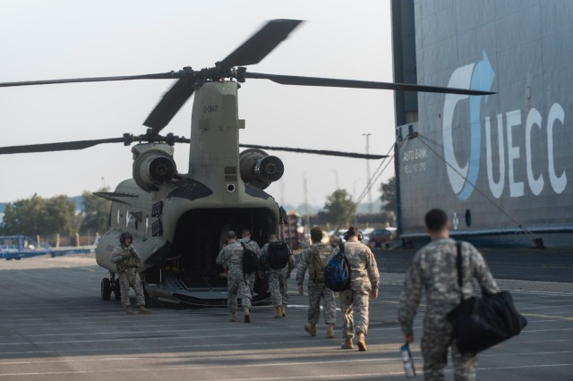12th Combat Aviation Brigade receives brand new CH-47F MYII