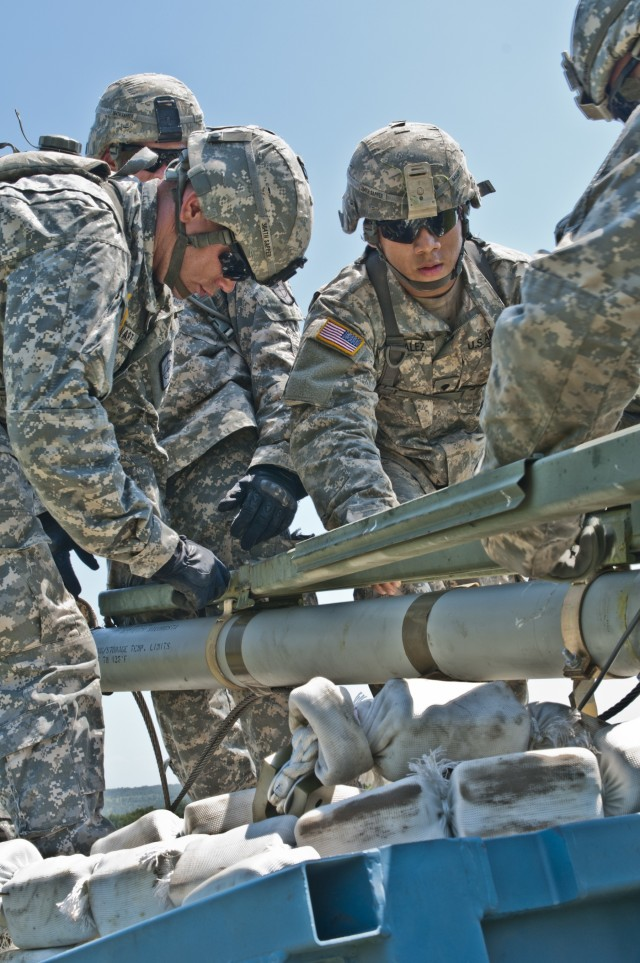 Sapper company launches mine-clearing rockets at River Assault