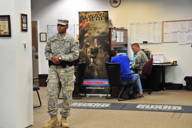 nc guard protecting our own article the united states army. Black Bedroom Furniture Sets. Home Design Ideas
