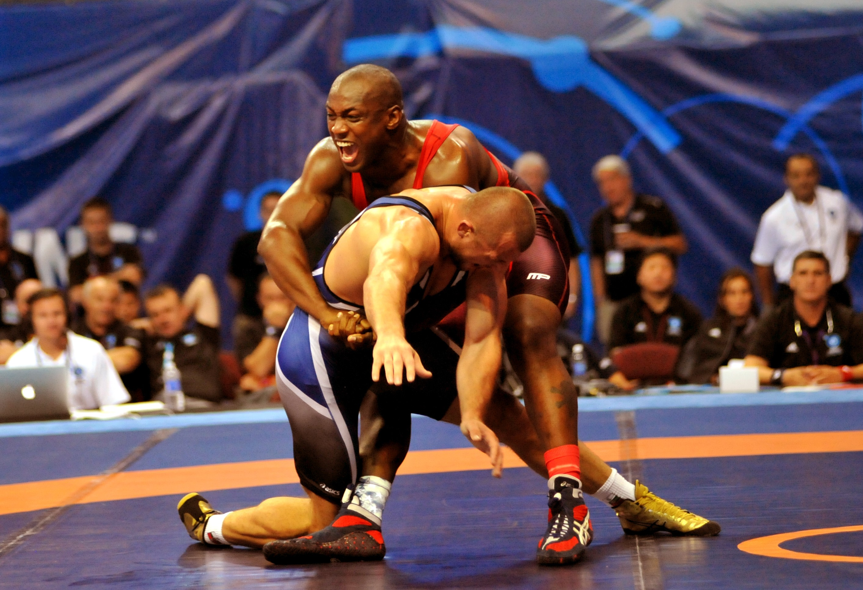 Youth wrestler inspires Soldier at World Championships | Article ...