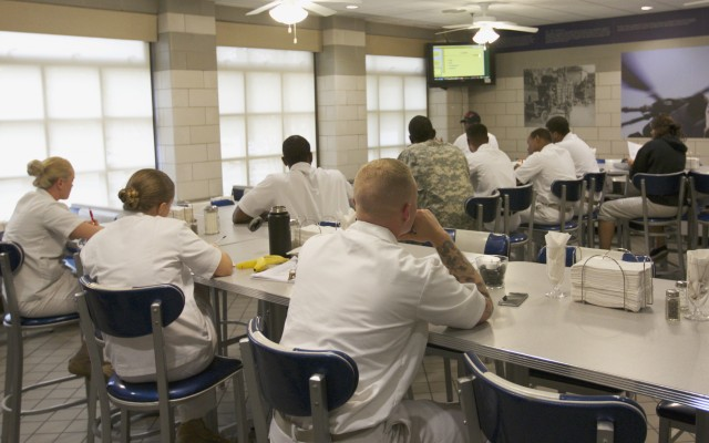 Soldiers in class at the West Fort Hood DFAC