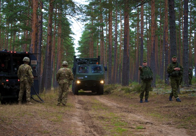 Baltic Push: 'Sky Soldiers' and Lithuanians help strengthen alliance through logistics