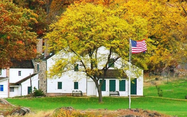 Constitution Island's Warner House in Fall