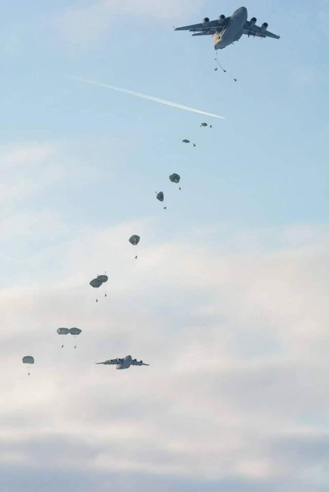 C-17 drops supplies over Artic Circle