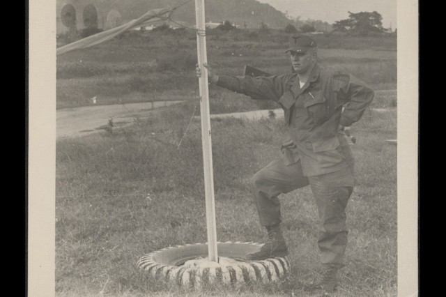 Vet used 'flags and wings' in 'Nam