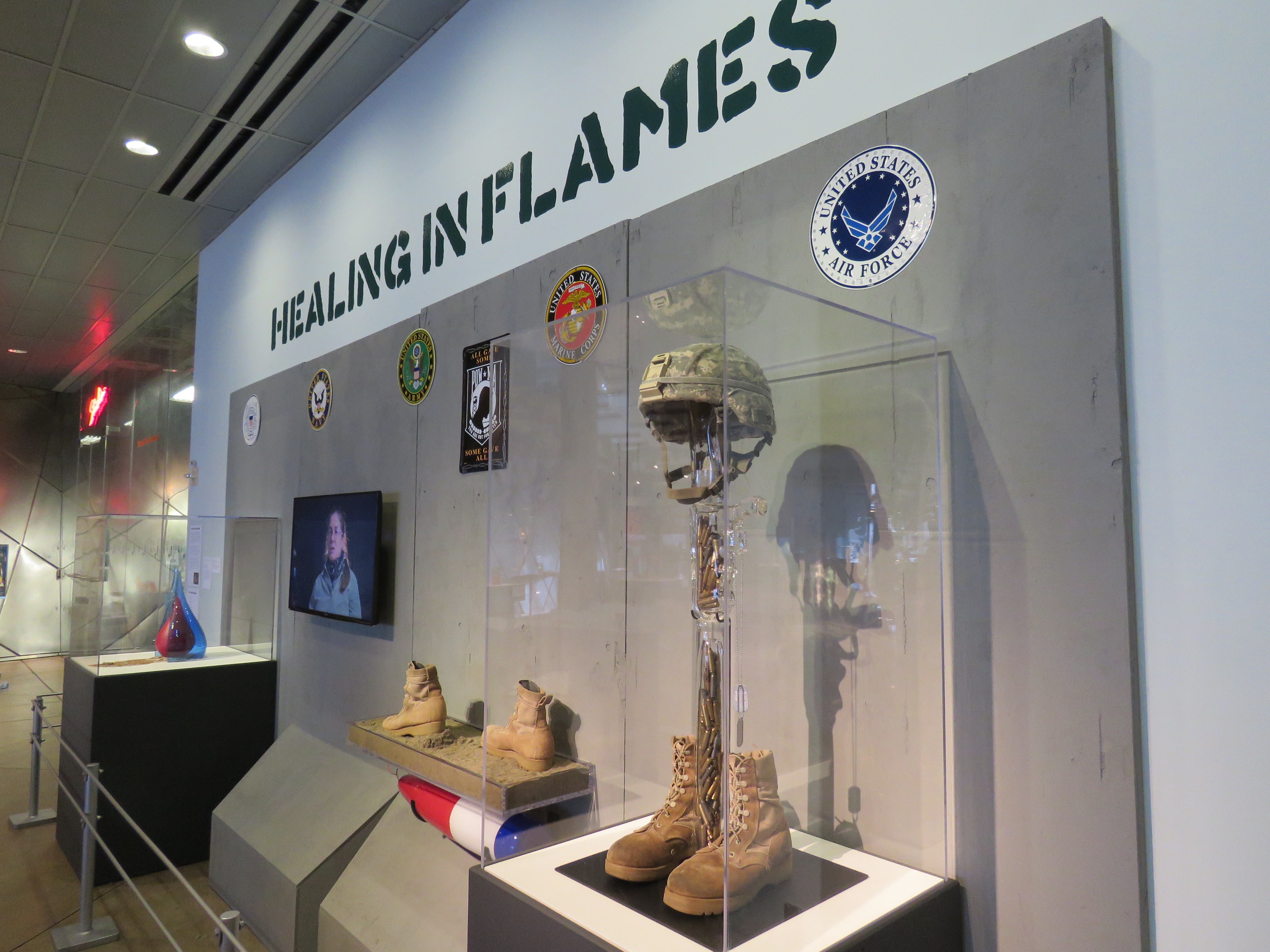 Blood And Tears Of War On Display At Soldiers First Art Exhibit Article The United States Army