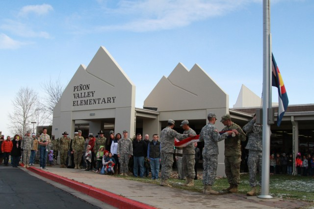 Students, Soldiers honor military veterans together