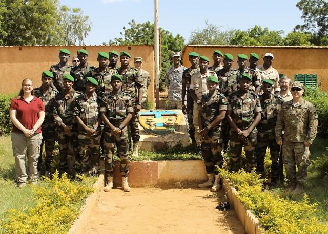 Nigerien, Malian soldiers aid US Army's language-translation technology