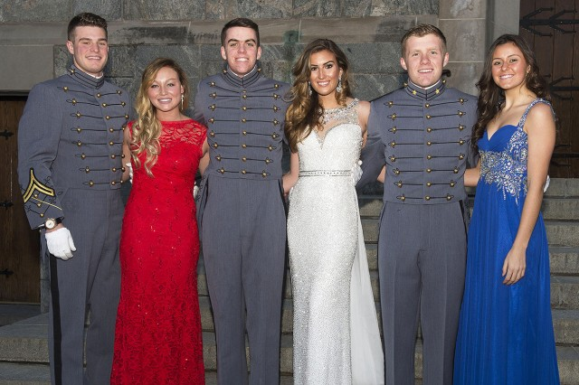 Members of the U.S. Military Academy at West Point Class of 2018 and their guests pose for a photo prior to heading into the Cadet Mess for the Yearling (sophomore) Winter Weekend Banquet. After the dinner, the Cadets and their guests headed to Cullum Hall for the hop. Feb. 6 (U.S. Army photo by Michelle Eberhart, USMA West Point, Public Affairs.)