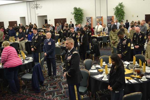 SDDC Soldiers and Civilians are recognized during awards luncheon