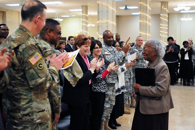 LeMetta Wynn receives a standing ovation after giving her speech Feb. 16 in Heritage Hall at Rock Island Arsenal, Illinois. (Photo by Jon Micheal Connor, ASC Public Affairs)