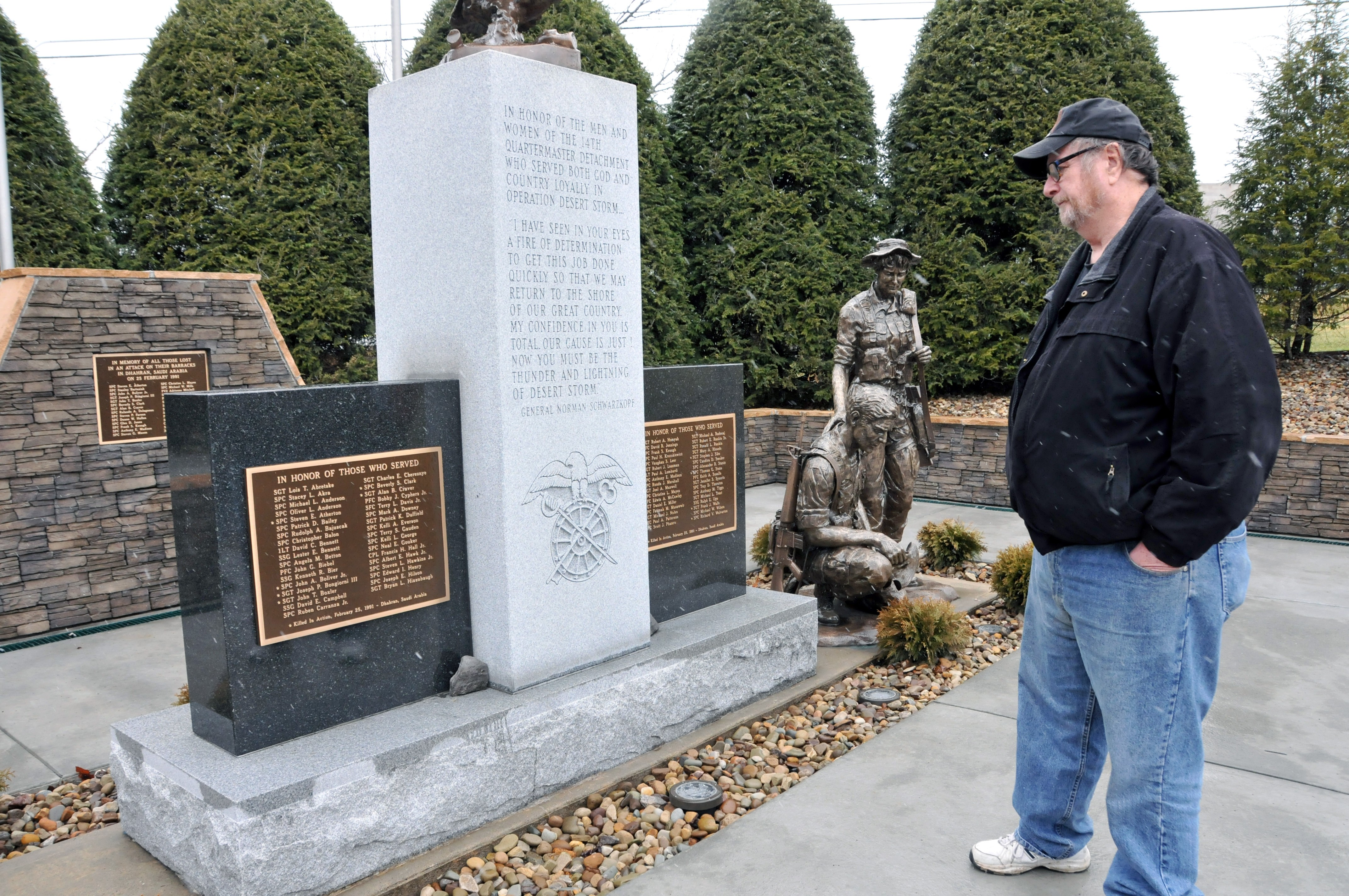 vietnam vet honors fallen reserve iers from gulf war vietnam vet honors fallen reserve iers from gulf war