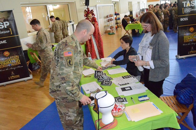 Soldiers gather Feb. 25 at the gym on Caserma Del Din, Vicenza to learn more about sponsorship resources from their garrison agencies. (Photo by Laura Kreider/USAG Vicenza Public Affairs Office)