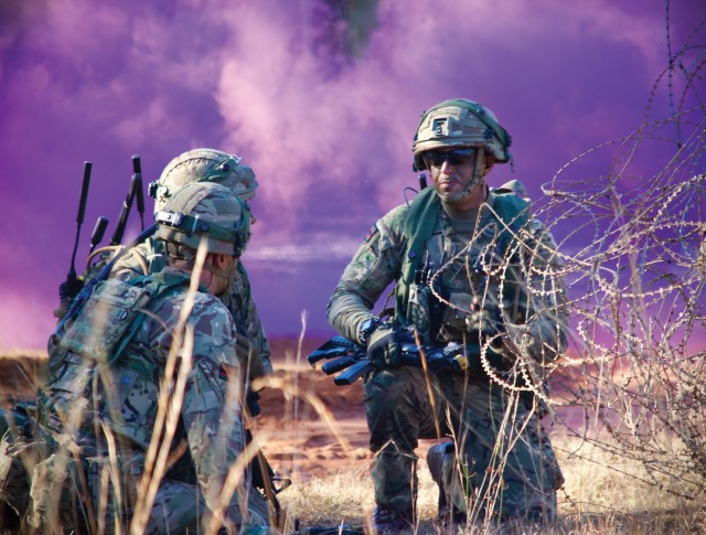 British and US troops collaborate in technology experiments