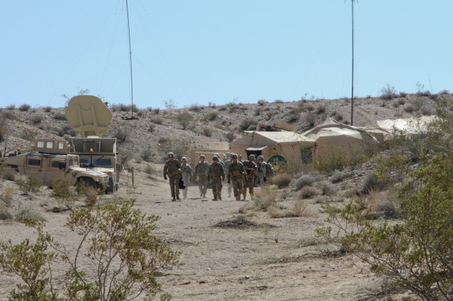 Brave Rifles experience Tactical Operating Center operations