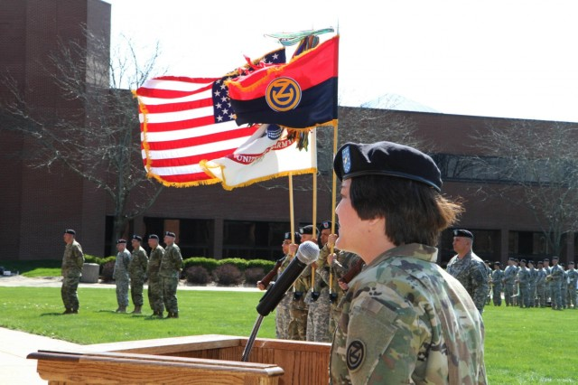 102nd Training Division welcomes new command team, bids farewell to former