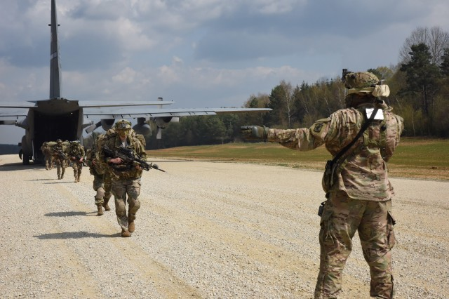 Sky Soldiers assigned to 173rd Airborne Brigade air land #paratroopers and essential equipment at the Short Take Off Landing (STOL) strip at the Hohenfels Training Area (Germany) during exercise Saber Junction 16. The STOL strip is a key piece of terrain that is critical to the mission and provides a secure access point into the battle space to conduct follow-on operations. 