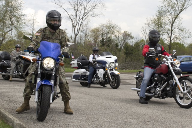 Combat Veterans Association and Fort Knox motorcyclists arrive at the Silverleaf rape crisis response center in Elizabethtown, Kentucky, April 22 as part of a show of support organized by the U.S. Army Human Resources Command SHARP program. More than 20 riders participated in the annual Raise the Bars for Sexual Assault Awareness event.
