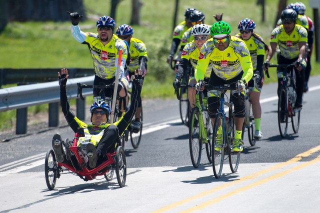 Retired Army Sgt. Albert Gonzalez sets pace for the Rescue 22 team during the Face of America bike ride in Gettysburg, Pa., April 24, 2016. More than 150 disabled veteran cyclists were paired amongst 600 able-bodied cyclists to ride 110 miles from Arlington, Va., to Gettysburg over two days in honor of veterans and military members.