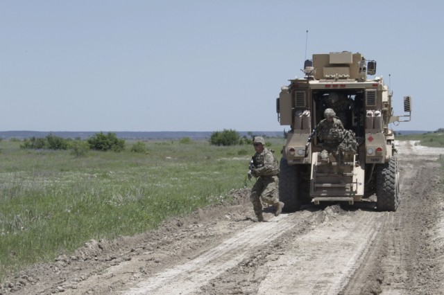 Brave Rifles Troopers conduct mounted, dismounted training for upcoming deployment
