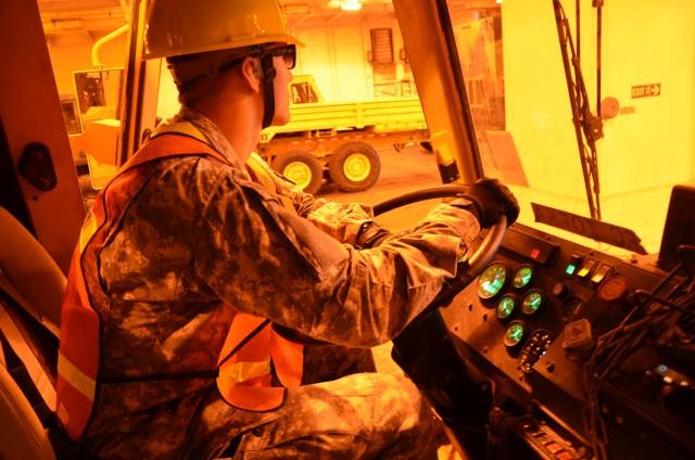 Unloading of USNS BENAVIDEZ during 597th Trans. Bde. SEDRE