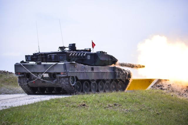 German Bundeswehr Soldiers fire at their target, during the Strong Europe Tank Challenge, at the 7th Army Joint Multinational Training Command's Grafenwoehr Training Area, Grafenwoehr, Germany, May 11, 2016. (U.S. Army photo by Pfc. Javon Spence)