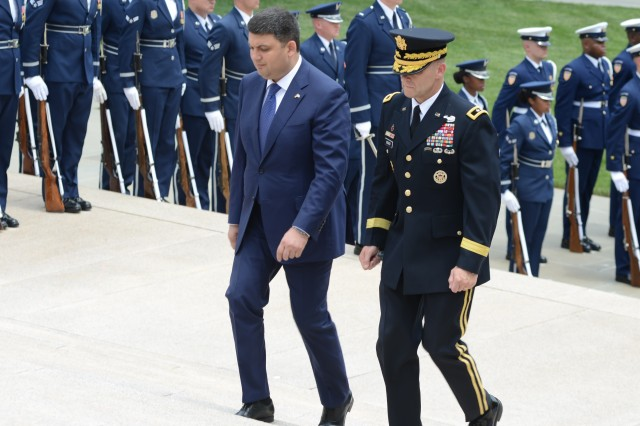 His Excellency Volodymyr Groysman, Prime Minister of Ukraine, participates in an Armed Forces Full Honor Wreath-Laying Ceremony with Maj. Gen. Bradley A. Becker, commanding general, Joint Force Headquarters-National Capital Region and the U.S. Army Military District of Washington, at the Tomb of the Unknown Soldier, June 15, 2016.