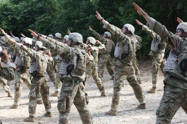 New recruits demonstrate skills with hand grenade training | Article