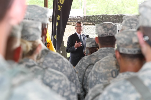 Secretary of Defense Ash Carter speaks to U.S. Army Cadet Command Cadets who are at Fort Knox this summer to complete their Cadet Summer Training. During his visit to the installation June 22, Carter observed Cadet training, held a Q&A session with Cadets, and had lunch with some of the several Cadets attending CST.