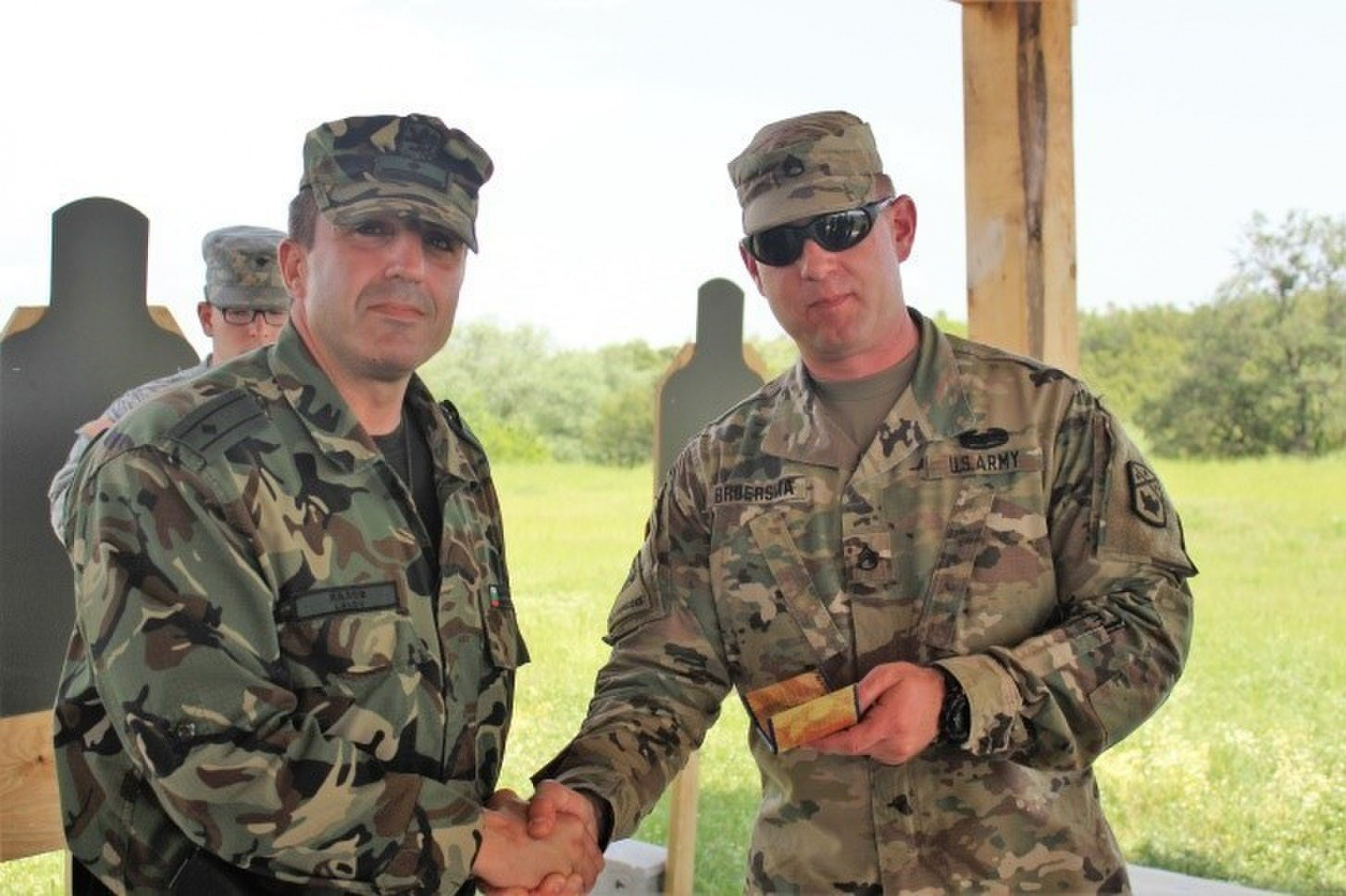 tennessee army national guard cross train with bulgarian