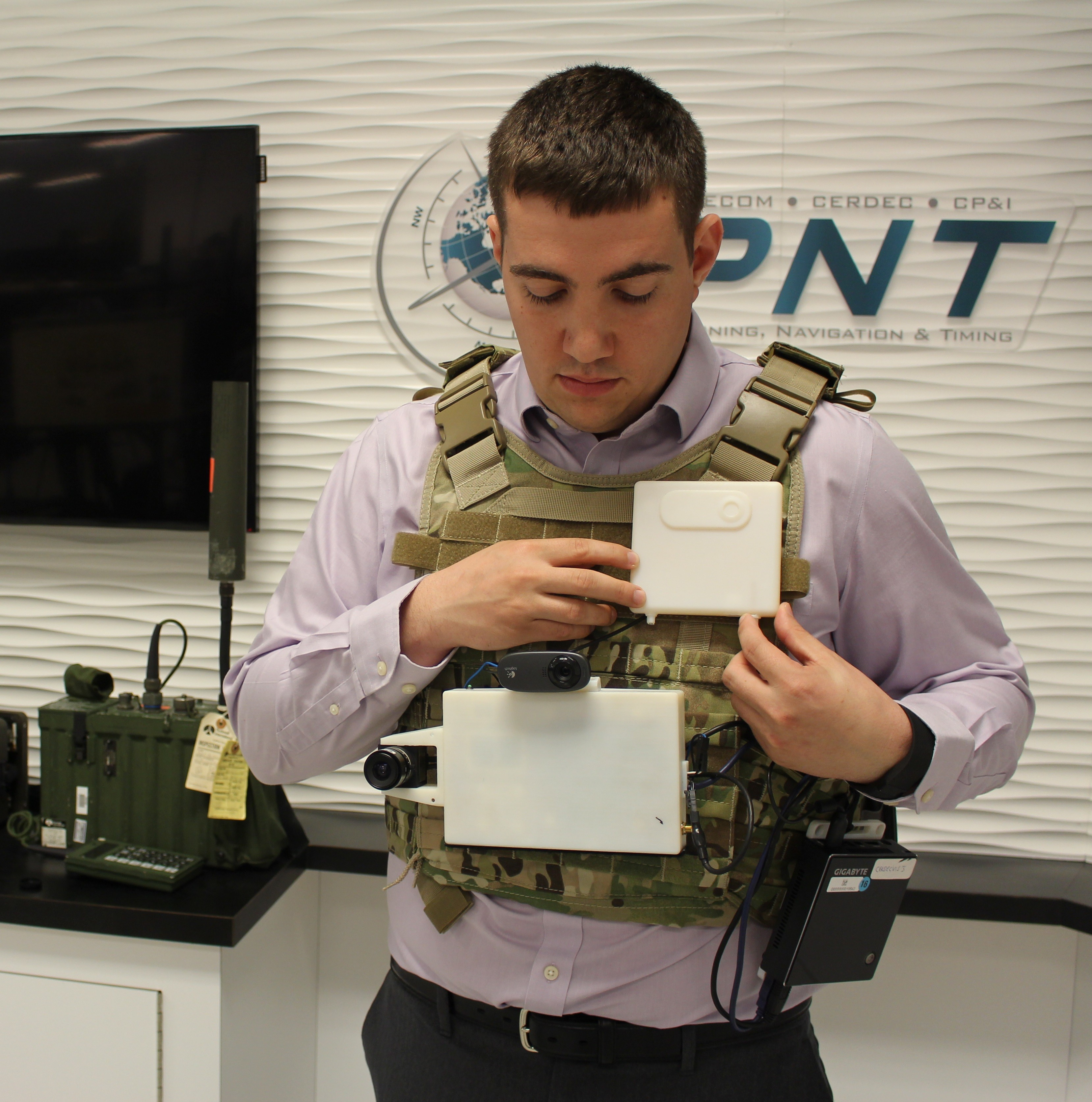New Navigation Tech Keeps Soldiers Without Gps On Track