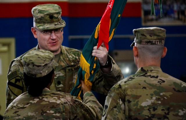 Haylett takes command of 401st AFSBn-Kuwait