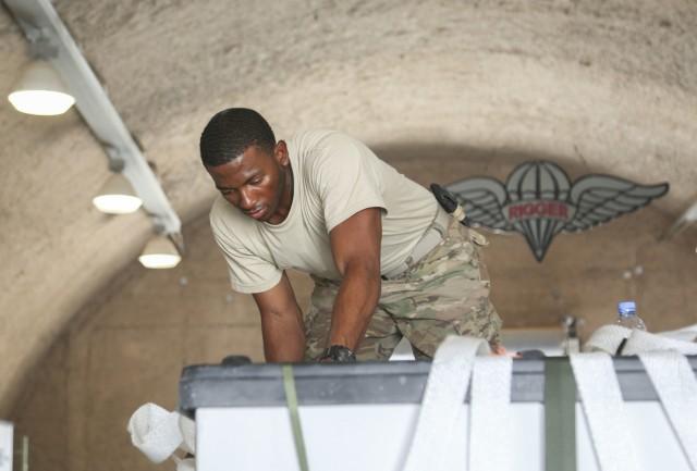 Hands on: Rigger prepares bundle for airdrop