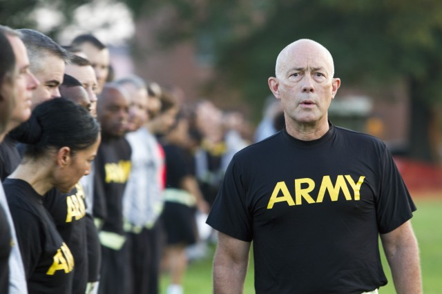 Lt. Gen. Charles D. Luckey, the 33rd Chief of Army Reserve and 8th Commanding General U.S. Army Reserve Command, meets with Soldiers assigned to Headquarters and Headquarter Company, USARC, before an early-morning run around North Post on Fort Bragg, N.C., on July 6, 2016. After the run, Luckey spent several minutes talking to Soldiers and closed out the formation with the Soldiers' Creed. Luckey was sworn in June 30, 2016 as the senior leader for nearly 200,000 Army Reserve Soldiers across all 50 states and U.S. territories. (Army Photo by Master Sgt. Mark Bell / Released)