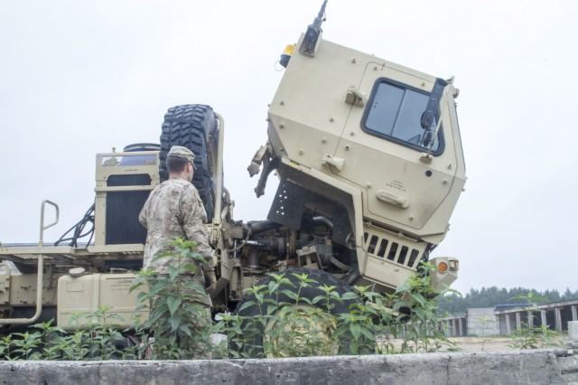 515th Transportation Company Gets Ready To Roll In Eastern Europe Article The United States Army