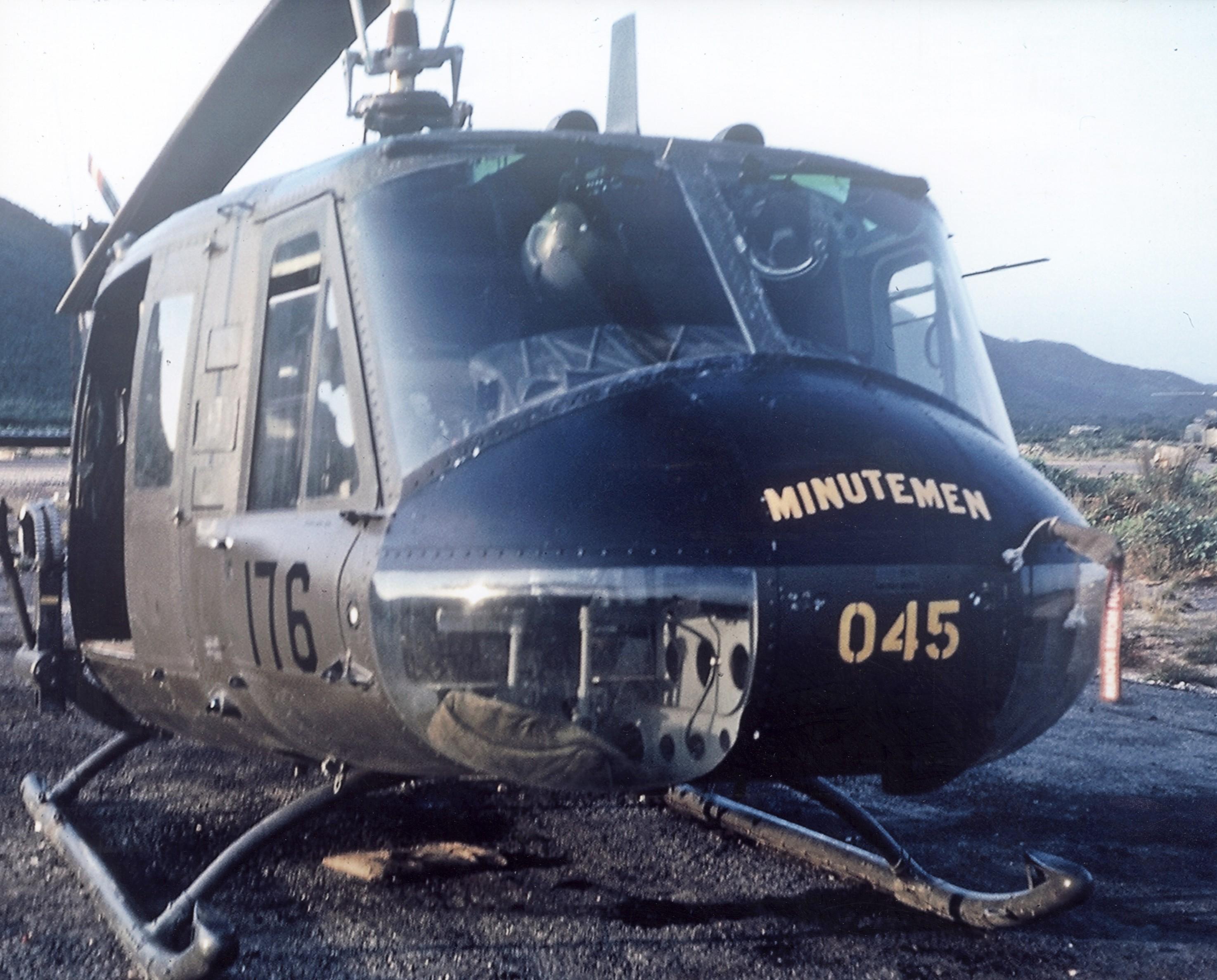 Long Overdue Honor Daring Vietnam Pilot Remembers Medal
