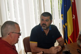 US Ministry team, Romanian community strengthen ties