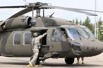 Multi-state Army National Guard helicopters enable European special forces training
