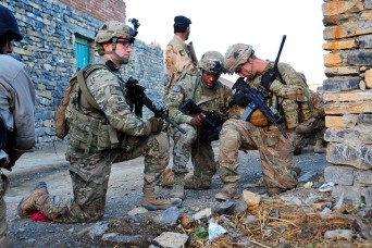 Army reviews diversity in combat arms leadership