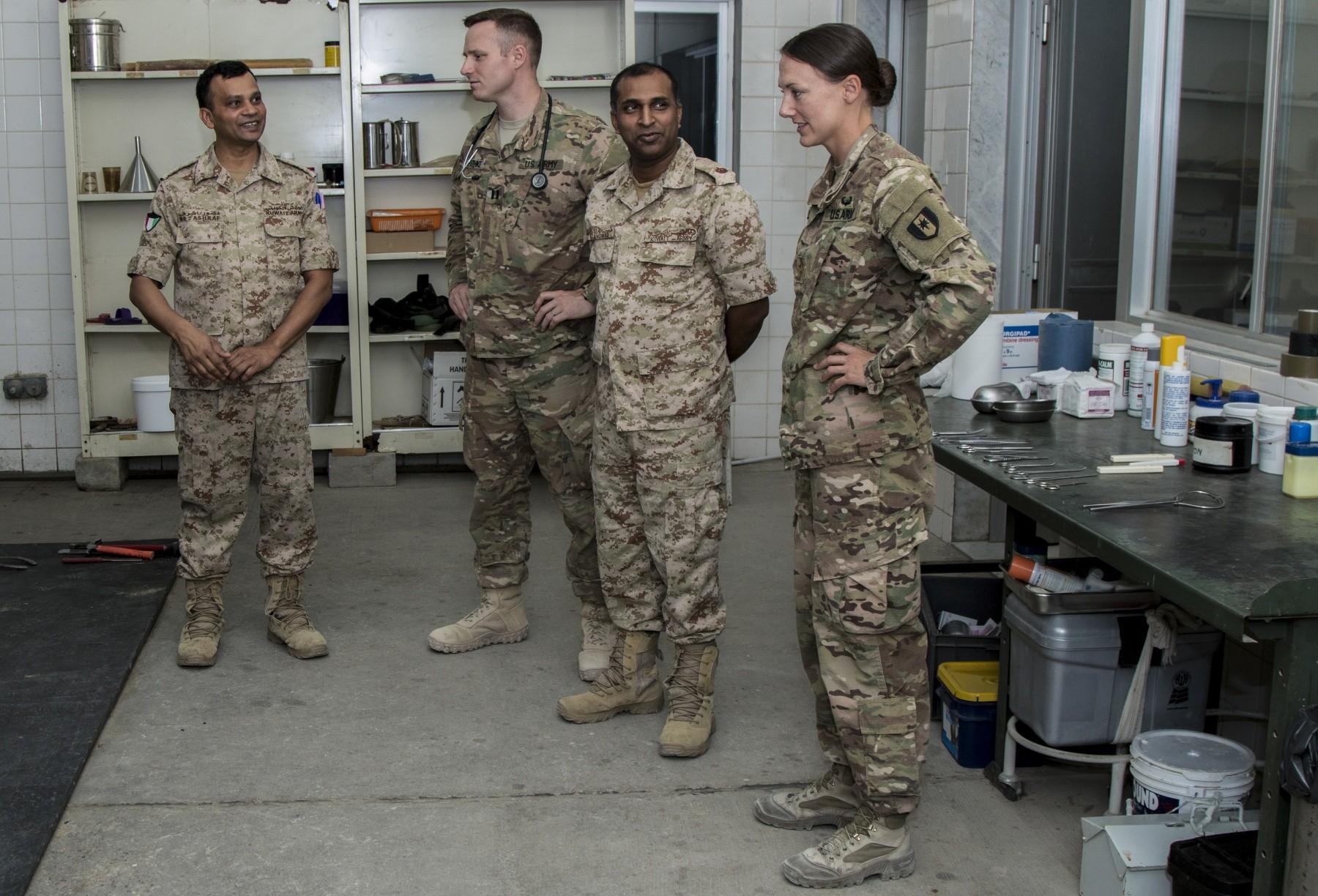 Camp Arifjan And Kuwaiti Veterinarians Collaborate