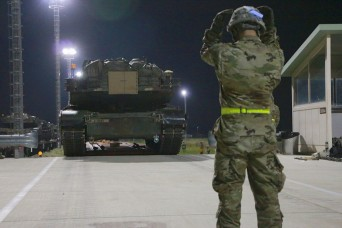 Rotational Soldiers begin 2ID's historic move to Humphreys