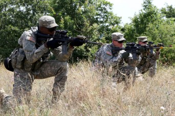 Infantrymen develop junior leaders during situational training exercise