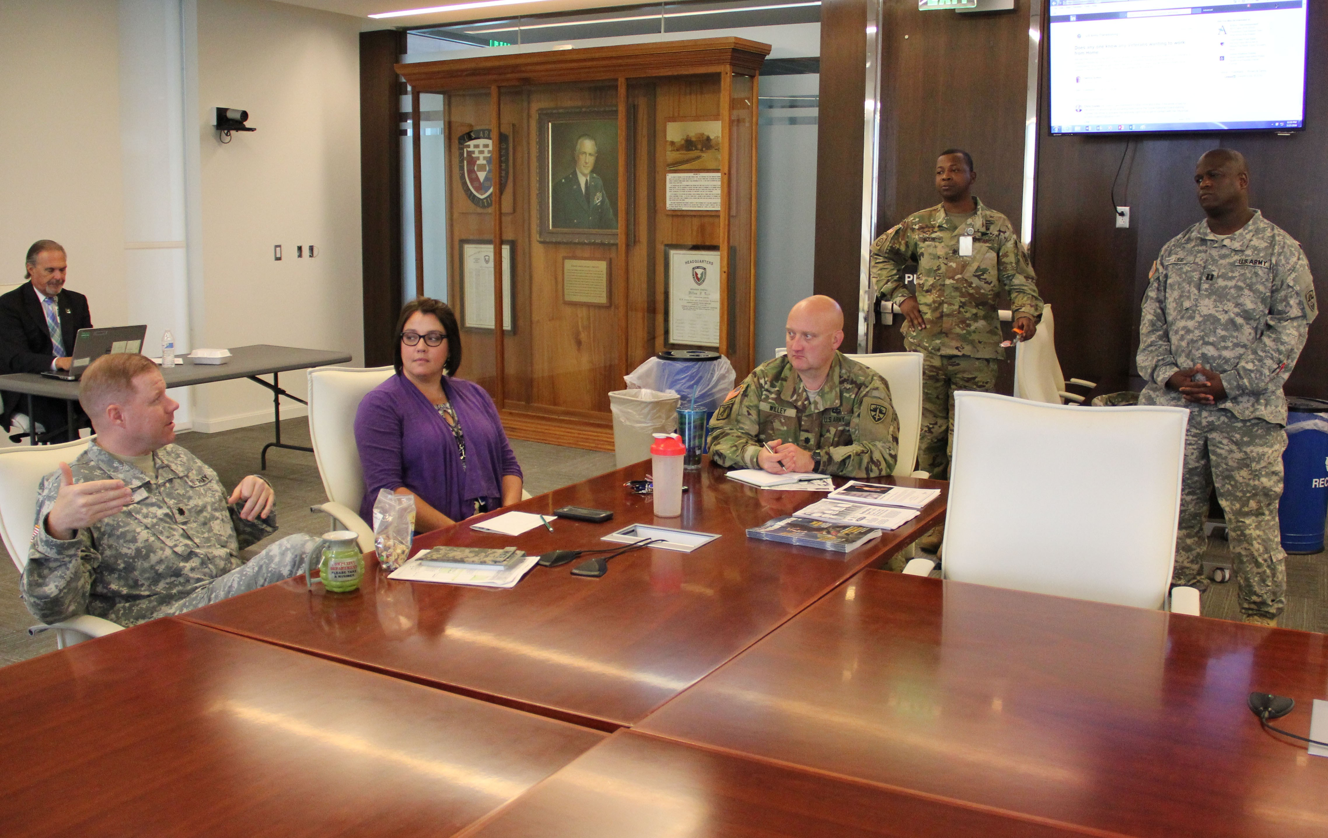 ATEC Soldiers get LinkedIn | Article | The United States Army