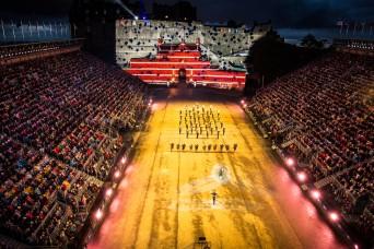 Army Europe band wows crowds at Scotland's Edinburgh Tattoo
